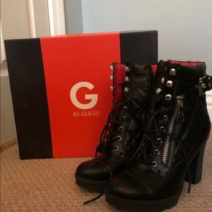 G by GUESS Grazie black heeled boots